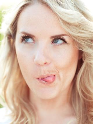 5 причин, чтобы весело провести время с белым цветом кожи